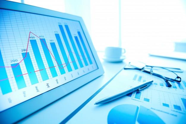 Grafici su schermo: risultati di digital marketing
